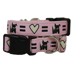 Wagging Green Love Dog Collar